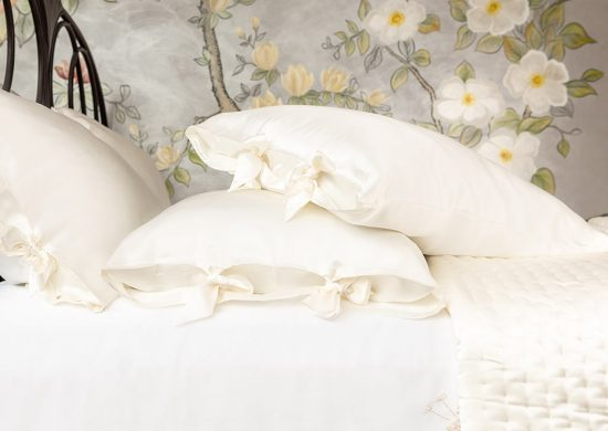 Why Silk is Fantastic for Beauty Sleep