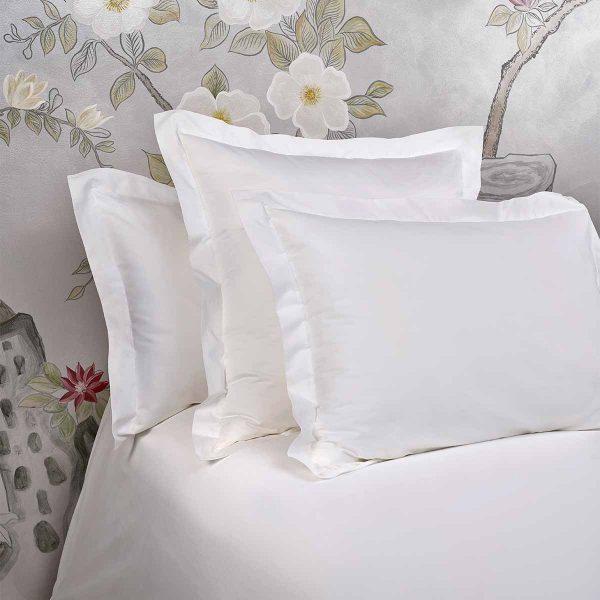 bella pillow shams white