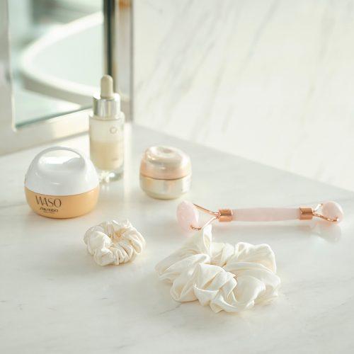 White silk scrunchie