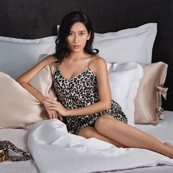 silk pillow case look
