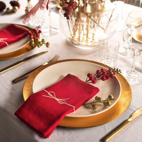 red linen napkin