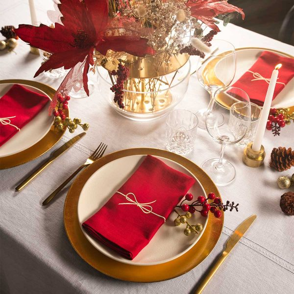 red linen napkin table setting