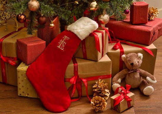 Bí Quyết Tổ Chức Bữa Tiệc Giáng Sinh Hoàn Hảo