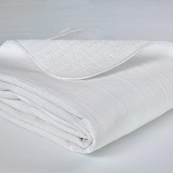 Luna bed cover folded