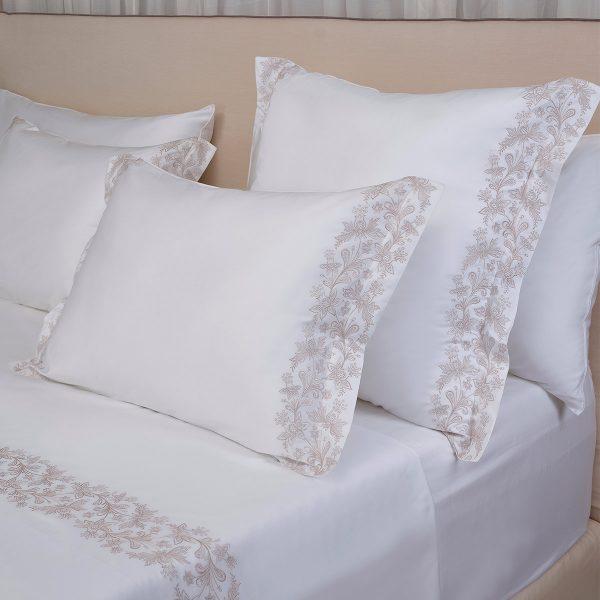 Santa Anna White Pair of Pillow Shams
